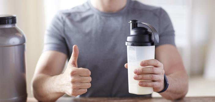 Quais são os benefícios de tomar Whey Protein? Ele faz algum mal?